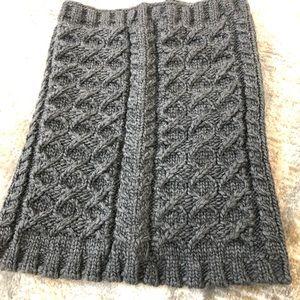 Gap gray chunky knit cowl neck scarf